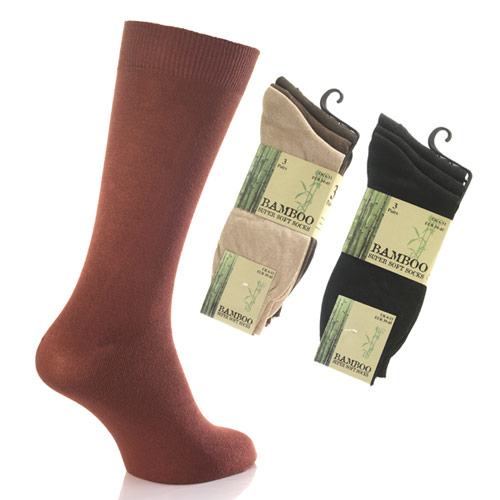 Shows a mens bamboo Socks on a food and two packets of bamboo socks.