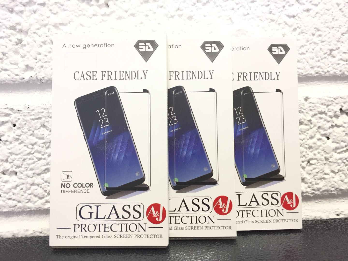3 boxes showing iPhone XS Screen Protector